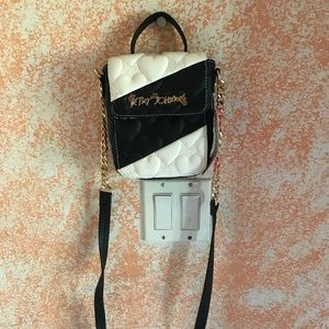 Xbody purse